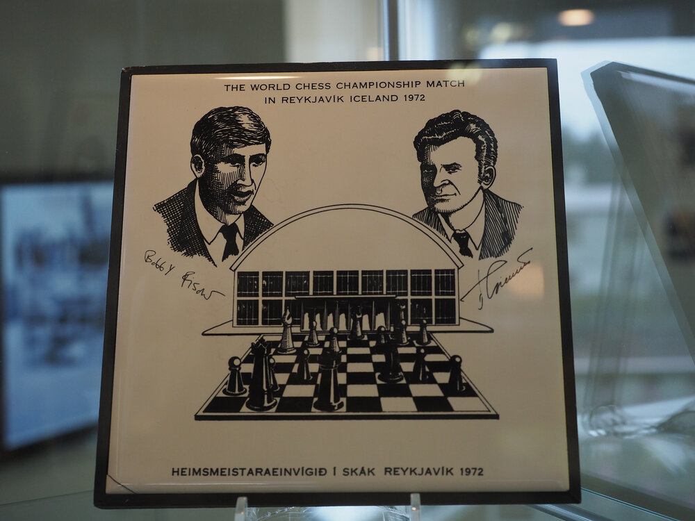 Bonus Pod - Recapping the book Bobby Fischer Goes to War with guest co-host  Chris Wainscott [Chess Books Recaptured Series] — The Perpetual Chess  Podcast
